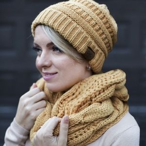 Hat and Scarf Set Slouchy Cable Knit Beanie